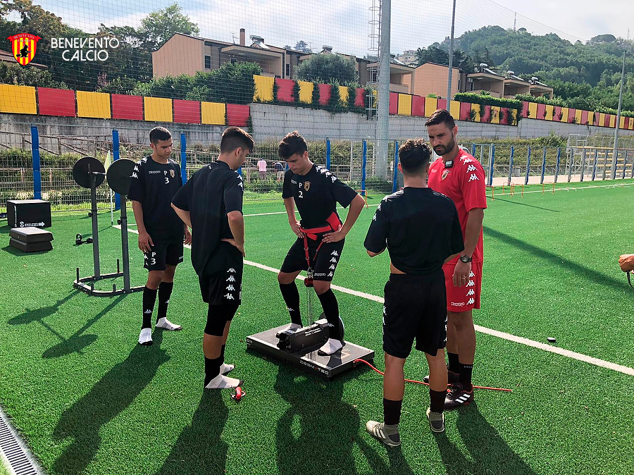 settore-giovanile-prima-seduta-di-allenamento-per-le-formazioni-giallorosse